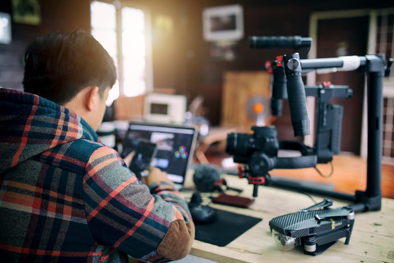 大人気YouTuberに見る、マスターしたい編集技術を解説